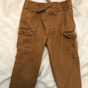 Jumping Beans cargo pants 18M Like new